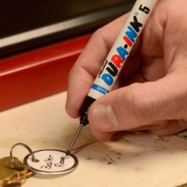 Markere permanente cu cerneala